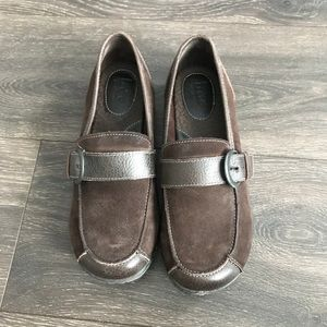 Women's Born Flat Loafers Size 9M